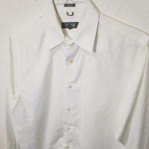 Kenneth Cole Reaction Shirts - KENNETH COLE Wht Slim Dress Shirt Medium